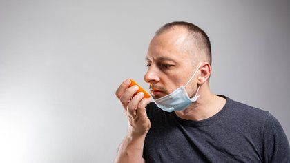 Coronavirus: un estudio reveló que quienes aun no recuperan el olfato pueden tener distorsiones y alucinaciones