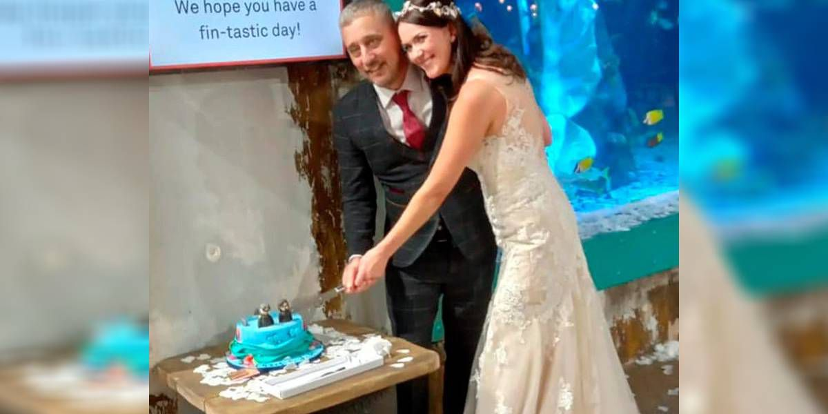 Pospusieron su casamiento por la pandemia y finalmente dieron el sí bajo el agua