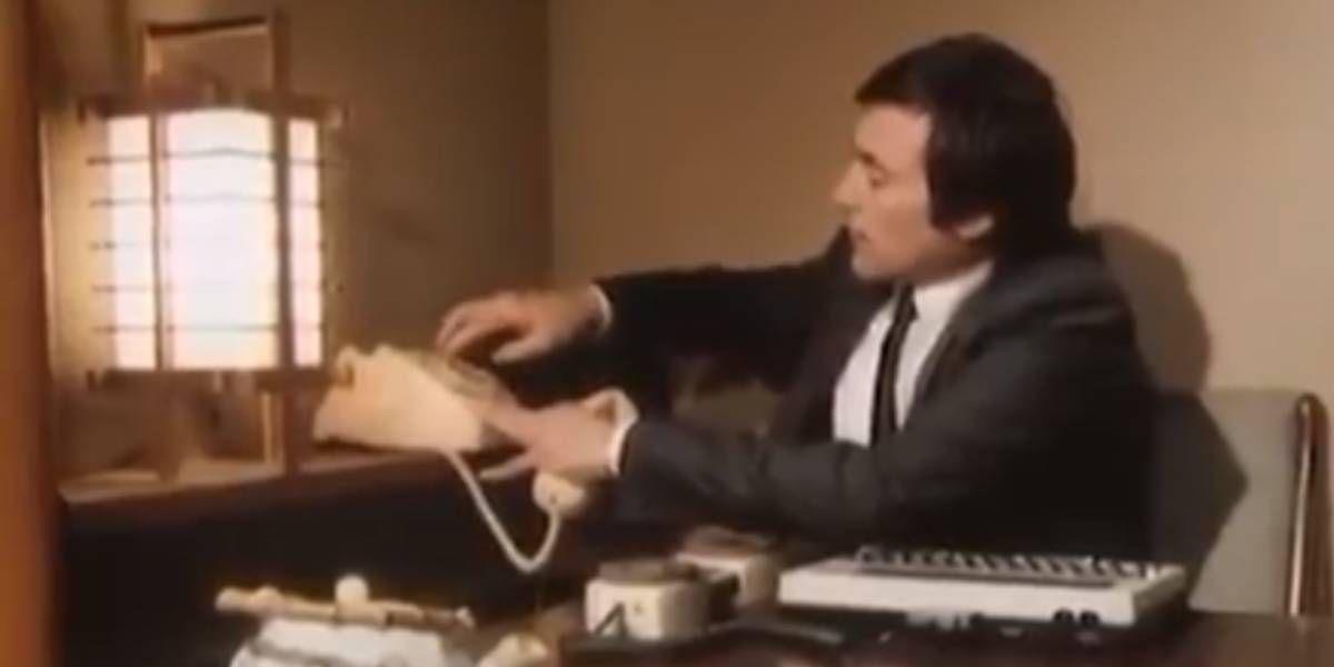 Video: una reveladora grabación muestra como se revisaban los correos electrónicos en 1984