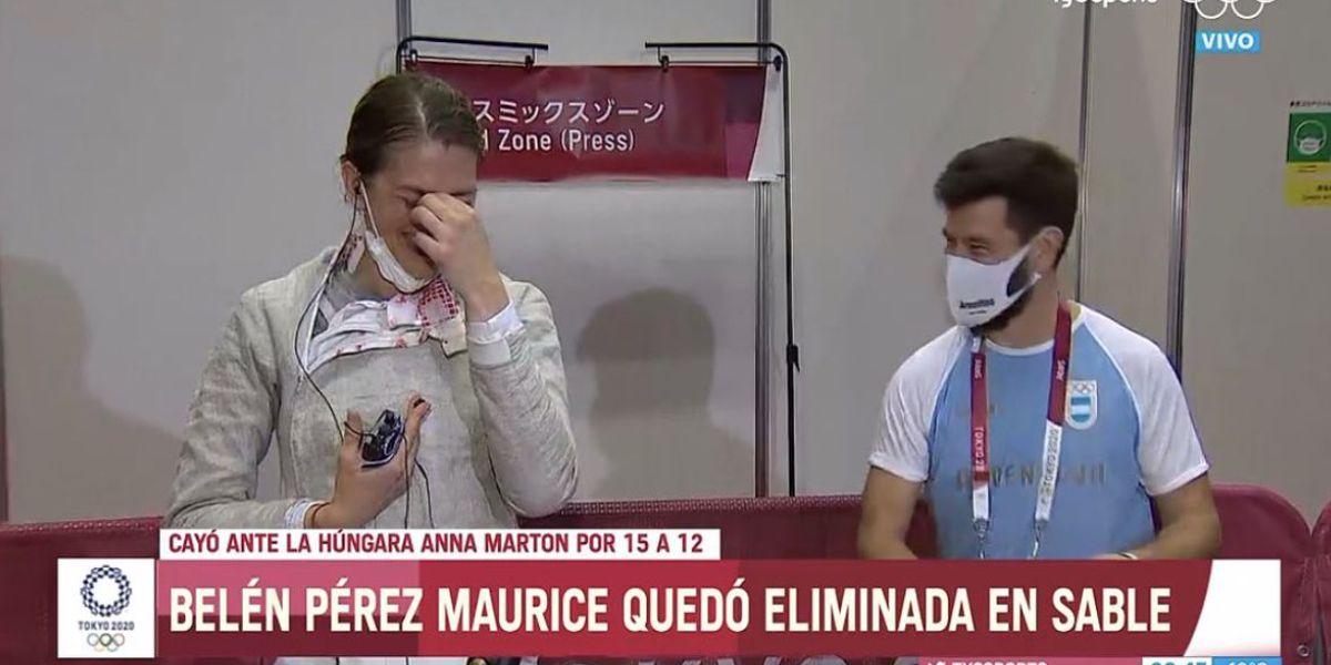 Esgrimista de Argentina recibe propuesta de matrimonio en plena entrevista; dio el sí