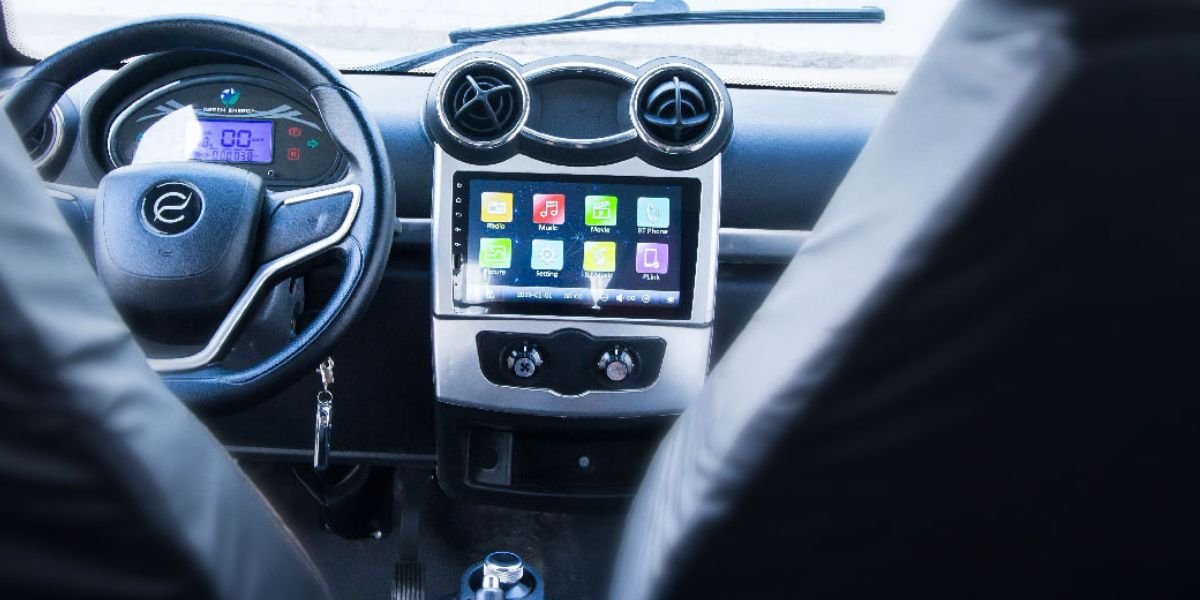 """Cómo es """"Tito"""", el auto eléctrico fabricado en el país: precio, autonomía y cómo conseguirlo"""