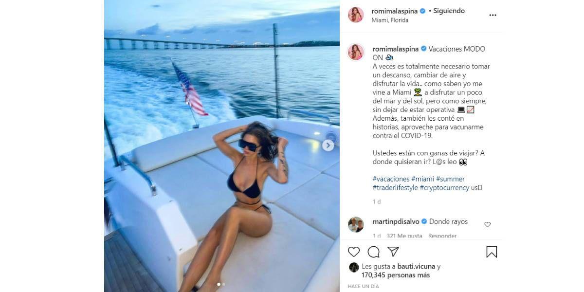 Con una bikini diminuta, Romina Malaspina lo dio todo arriba de un yate en Miami